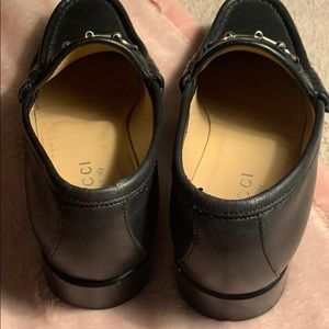 Gucci Shoes - GUCCI silver Horsebit Loafers size 8 women's